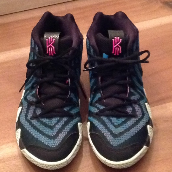 kyrie 4 blue and pink